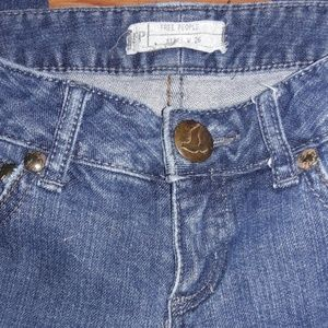 Free People skinny jeans zipper closure on ankle